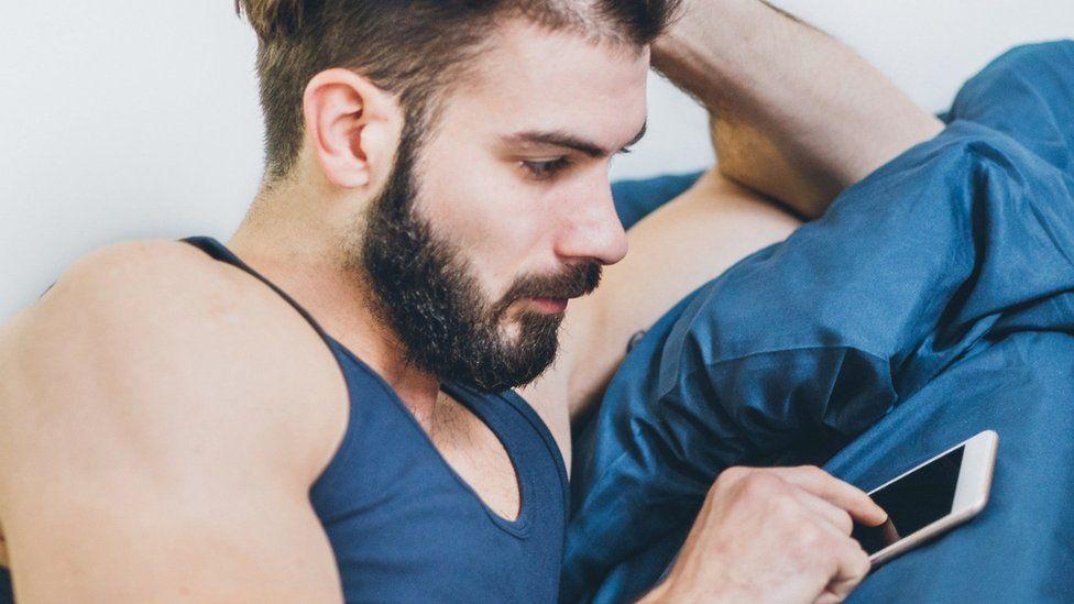 Gay dating phone lines russian dating bikini